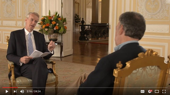 Stephen Sackur interviewing the Colombian President